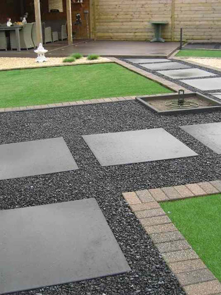 Amagard.com - Gartenmaterialien Front yard Stone Black