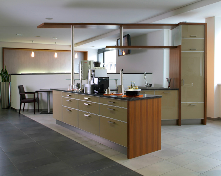 copado GmbH Kitchen units Wood