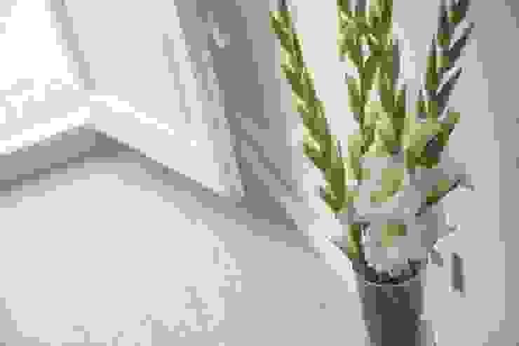 Mediterranean style bedroom by Gramil Interiorismo II - Decoradores y diseñadores de interiores Mediterranean