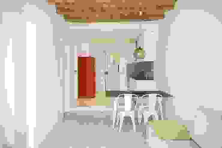 Mediterranean style dining room by Gramil Interiorismo II - Decoradores y diseñadores de interiores Mediterranean