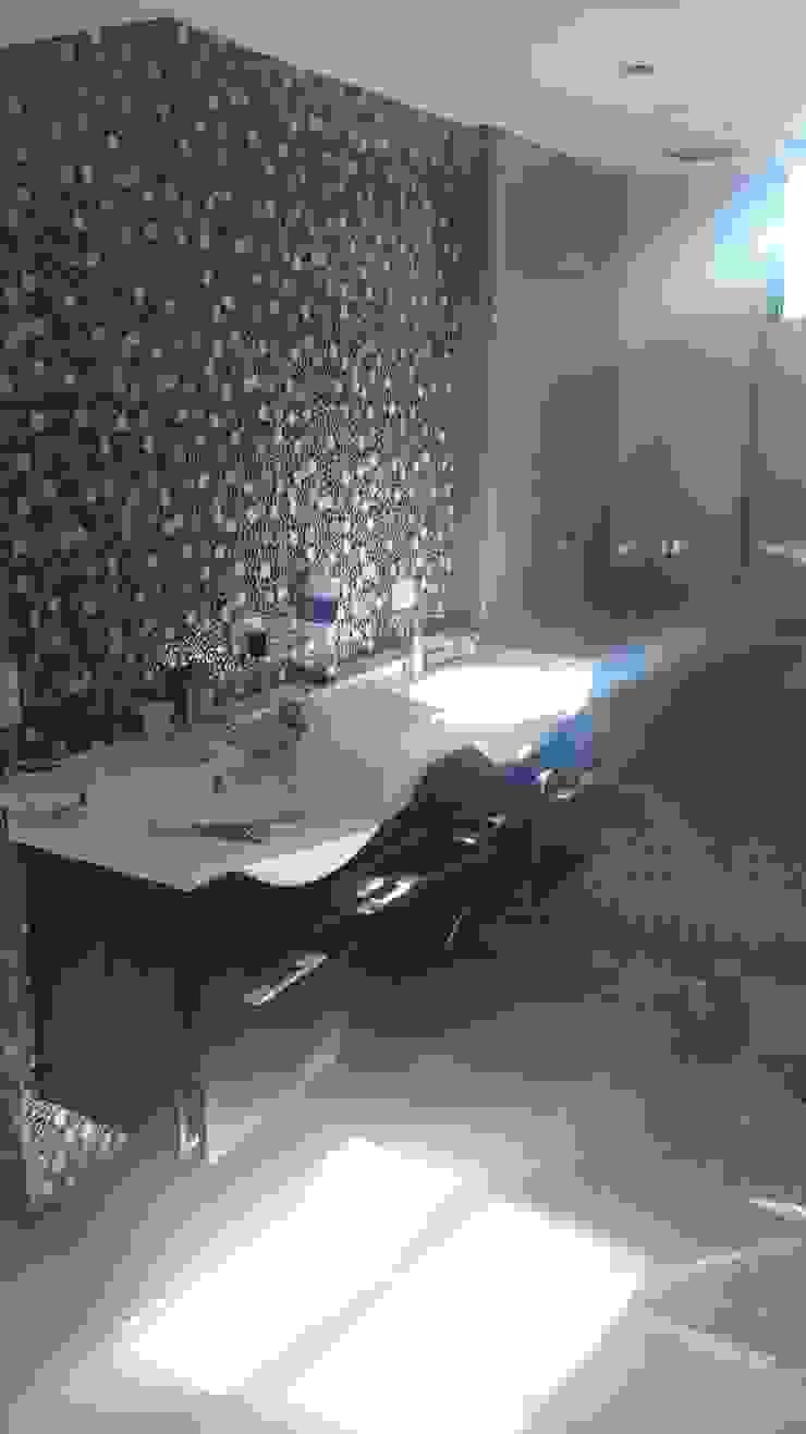 lavamosn baño principal Baños de estilo minimalista de Arquigrafic, c.a. Minimalista