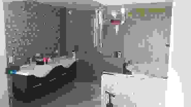 baño principal Baños de estilo minimalista de Arquigrafic, c.a. Minimalista