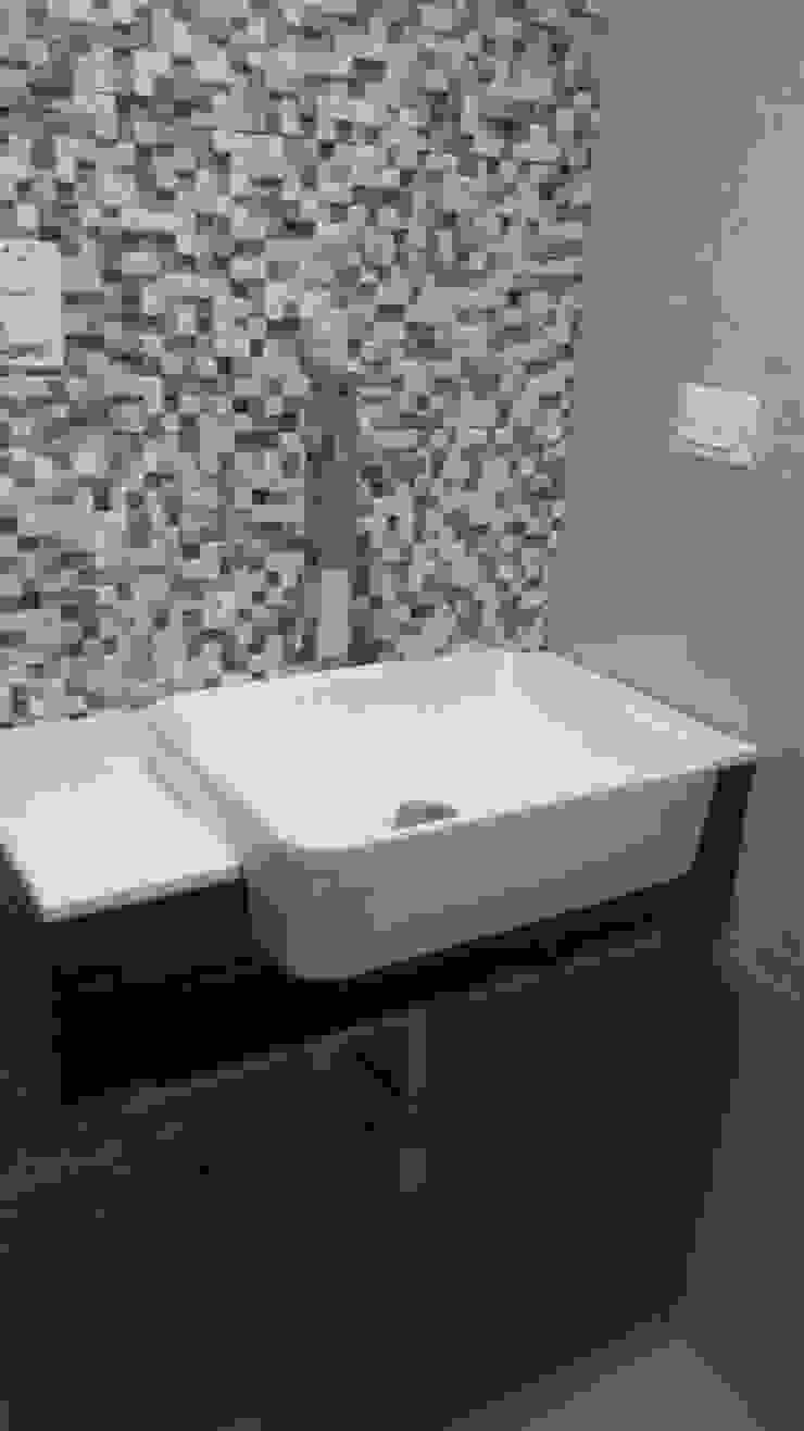 Baño visita - acabados Baños de estilo minimalista de Arquigrafic, c.a. Minimalista