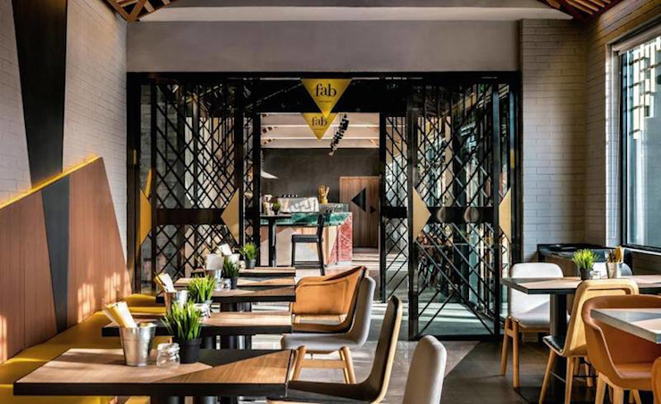 Modern and Eclectic Hotel Vue โดย ASC INTERIOR