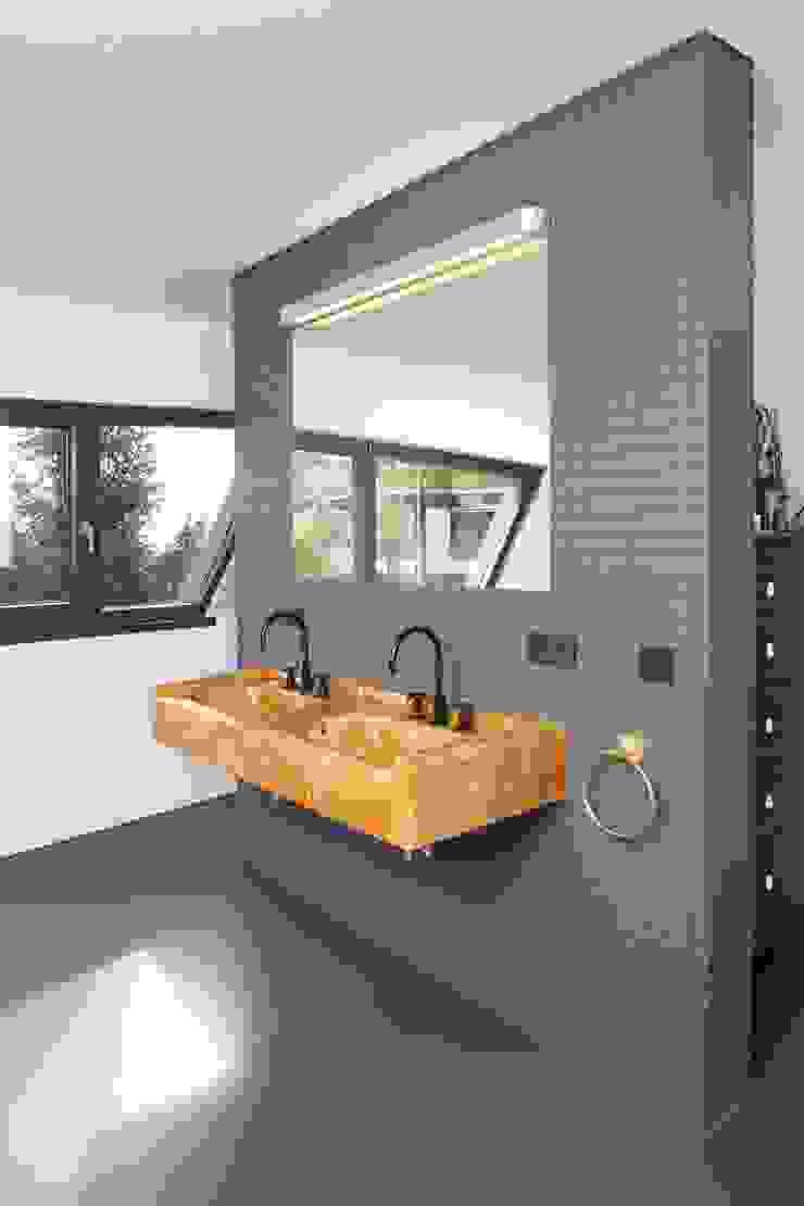 Badezimmer Moderne Badezimmer von Architekturbüro zwo P Modern