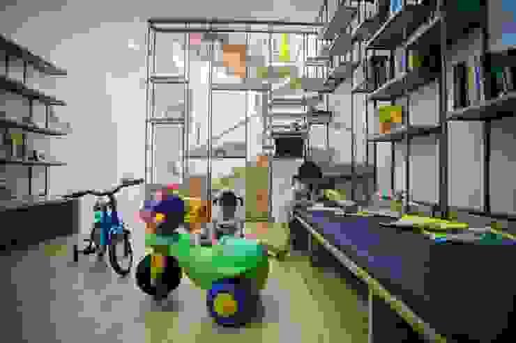 Thư viện Phòng học/văn phòng phong cách hiện đại bởi Công ty TNHH Xây Dựng TM – DV Song Phát Hiện đại