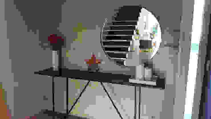 Salas/Recibidores de estilo  por Barragan Carpinteria