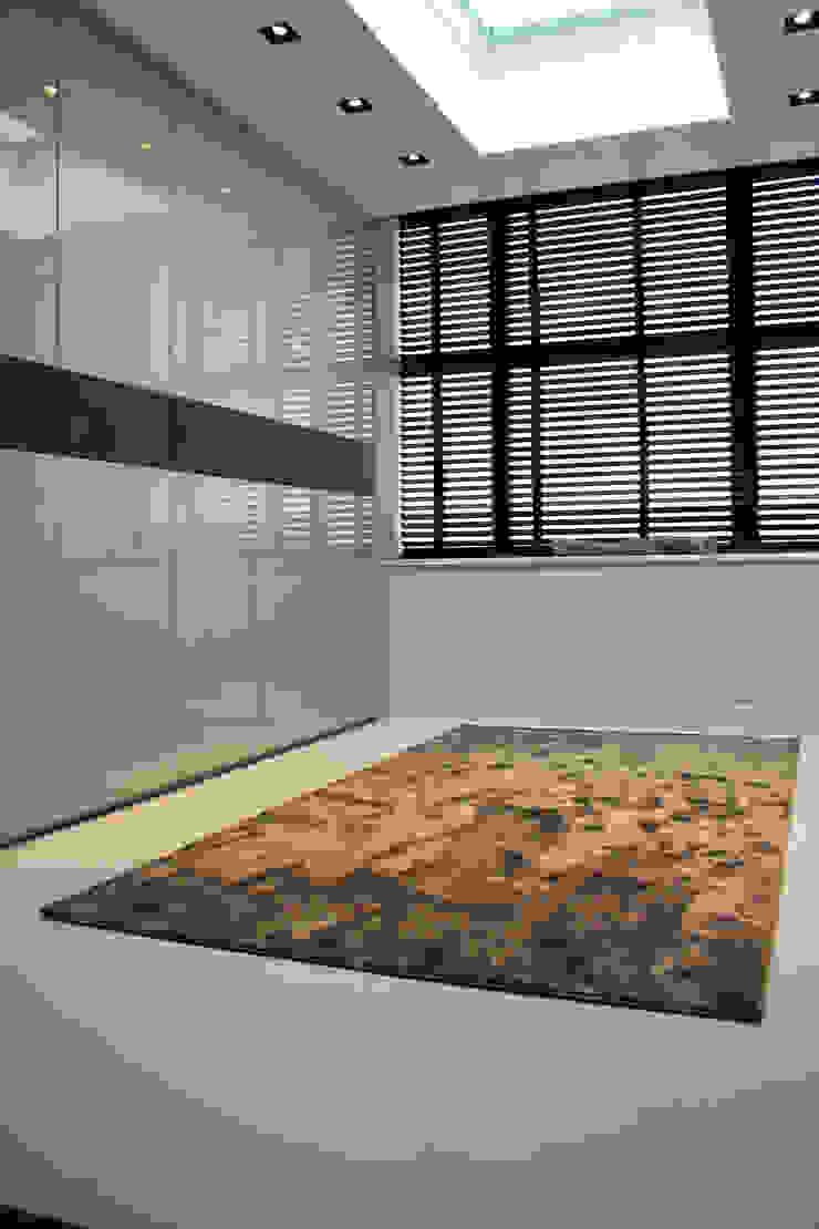 Gietvloer in Kleedkamer Moderne kleedkamers van Motion Gietvloeren Modern Kunststof