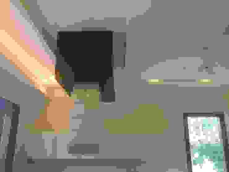 Modular Kitchen Modern kitchen by ANBN DESIGNS Modern Plywood