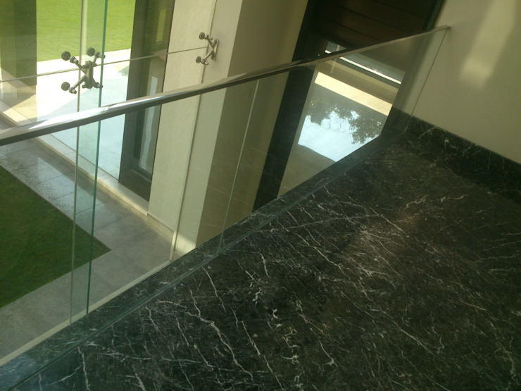 Stairs by ANBN DESIGNS Modern Marble