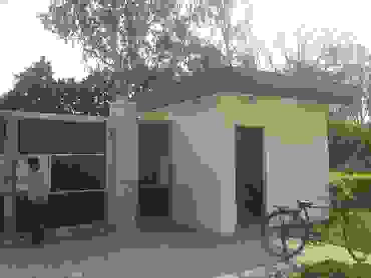 Exterior gate by ANBN DESIGNS Modern Engineered Wood Transparent
