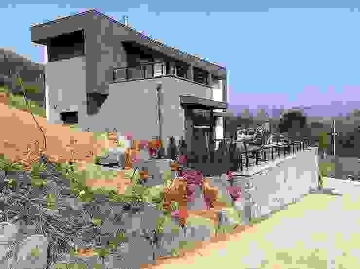 봉곡리주택 모던스타일 주택 by 건축사 사무소 YEHA 모던