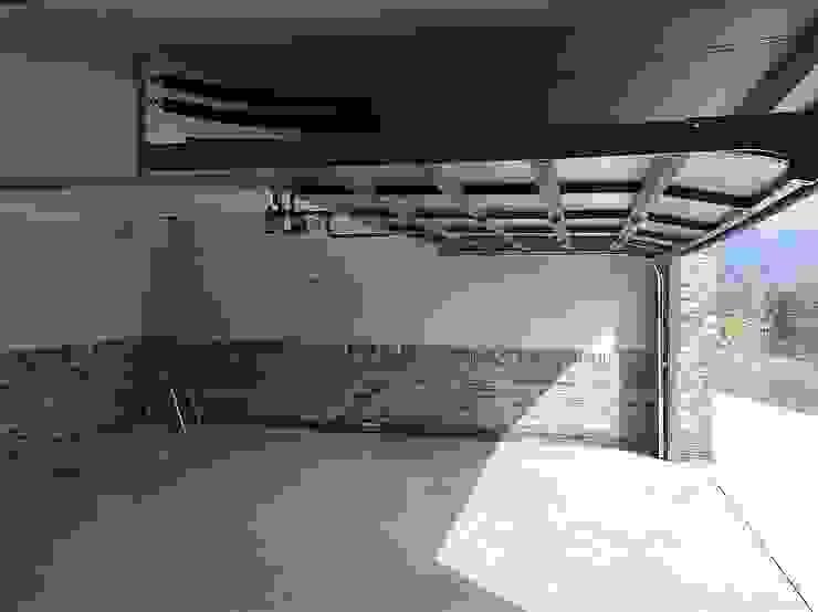 봉곡리주택 모던스타일 차고 / 창고 by 건축사 사무소 YEHA 모던