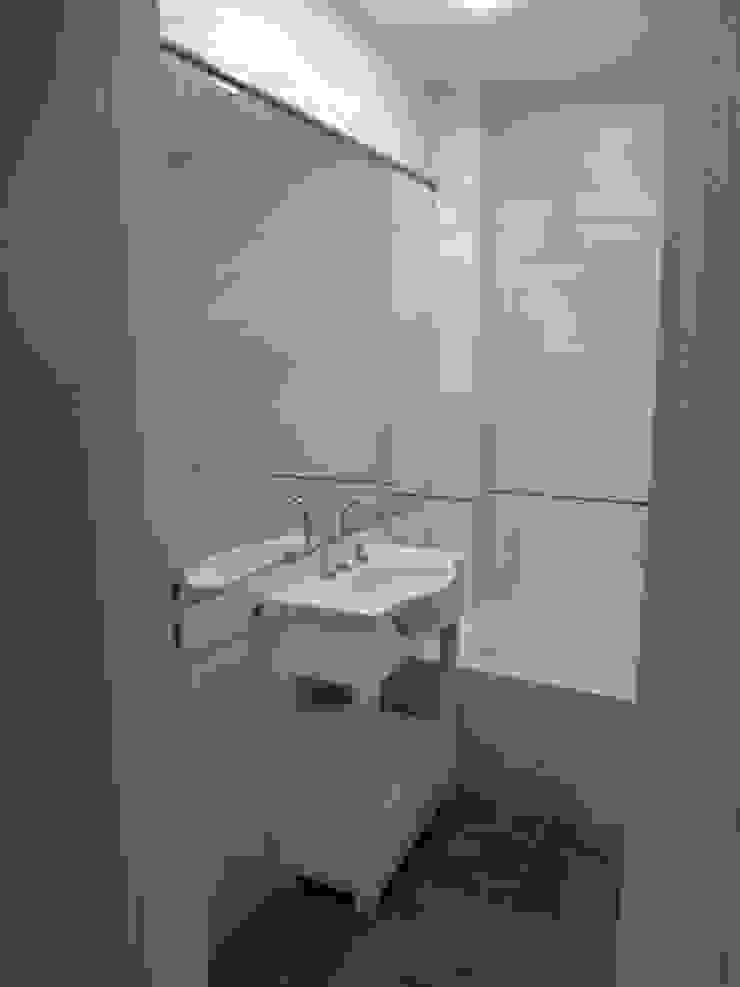 Baño principal Baños modernos de NG Estudio Moderno Cerámico