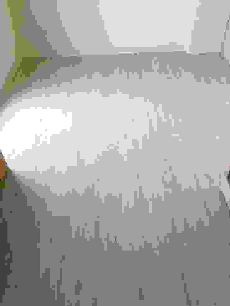 寶佳室內設計及施工 根據 寶佳室內裝修工務所 北歐風 複合木地板 Transparent