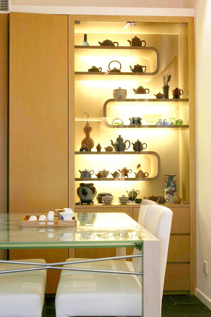 Constellation Cove Classic style dining room by Clifton Leung Design Workshop Classic