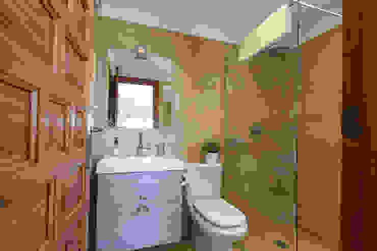 Dormitorio Baños de estilo mediterráneo de Home & Haus | Home Staging & Fotografía Mediterráneo
