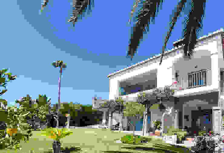 Jardín y fachada Casas de estilo mediterráneo de Home & Haus | Home Staging & Fotografía Mediterráneo