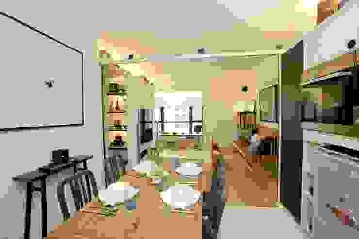 Vantage Park Modern dining room by Clifton Leung Design Workshop Modern