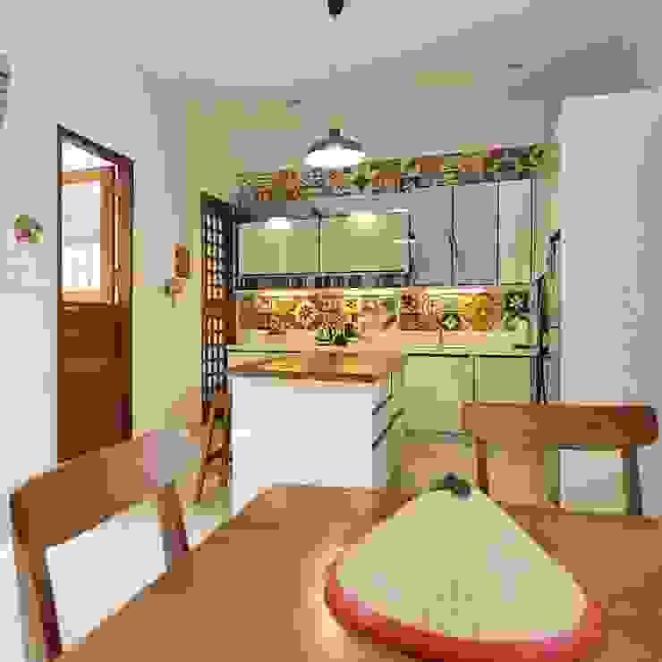 Dapur Oleh Gursiji studio & galeri Eklektik Ubin