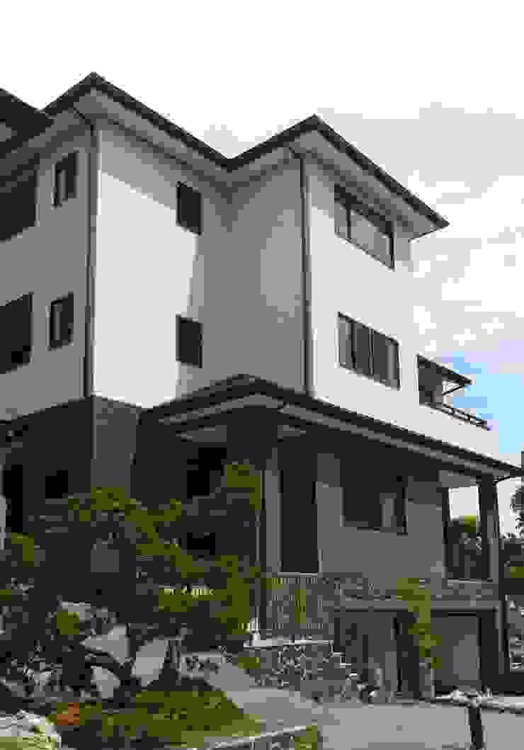 鋼構雙拼住宅 根據 台日國際住宅股份有限公司 簡約風
