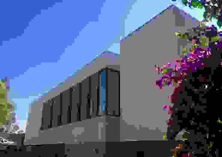Casa Vera Casas de estilo mediterráneo de JVA Mediterráneo
