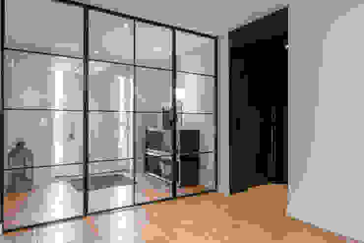 Ohlde Interior Design 工業風的玄關、走廊與階梯 Beige