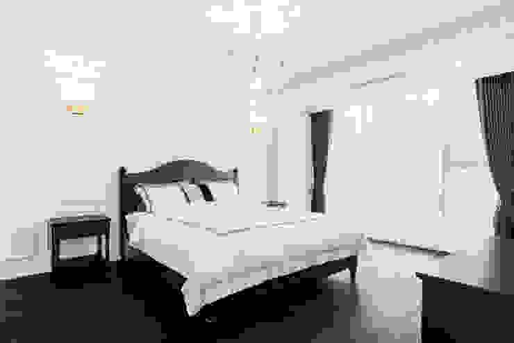 Bedroom by wid design 위드디자인,