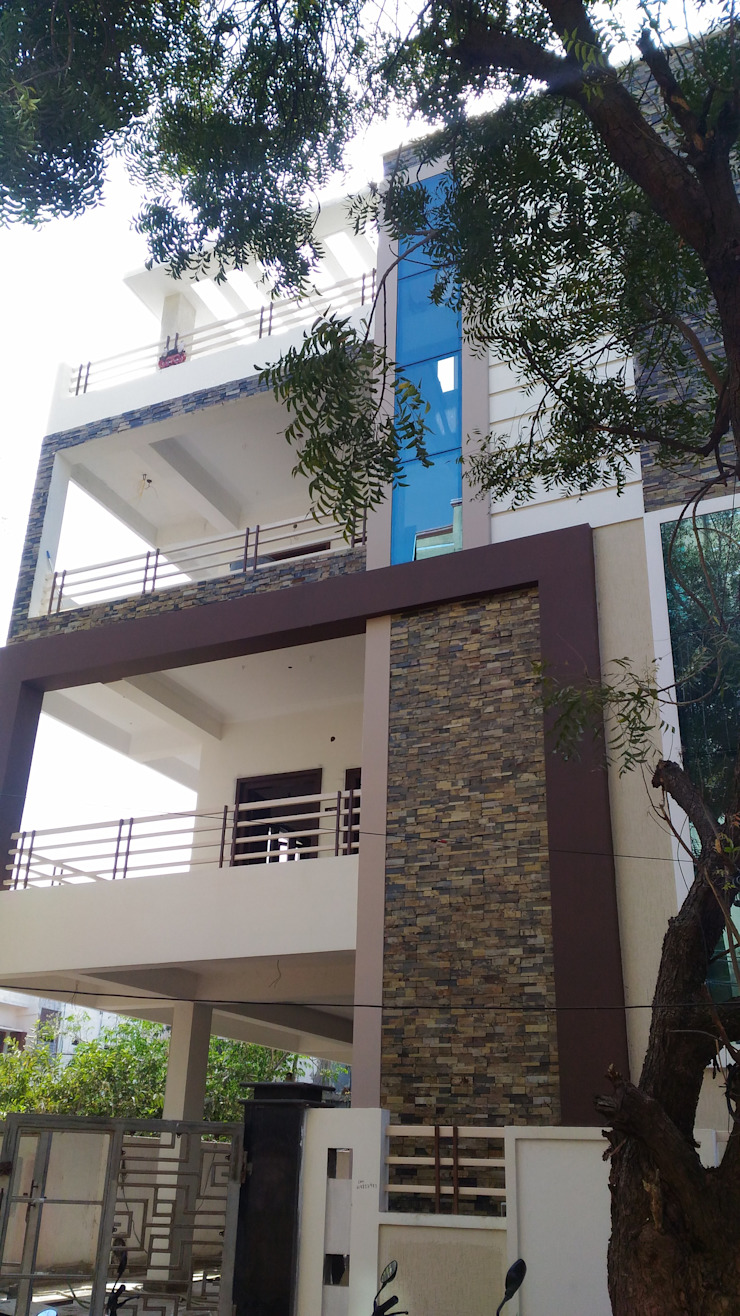 Murali's Residence, 2017 Asian style houses by myhome developers Asian