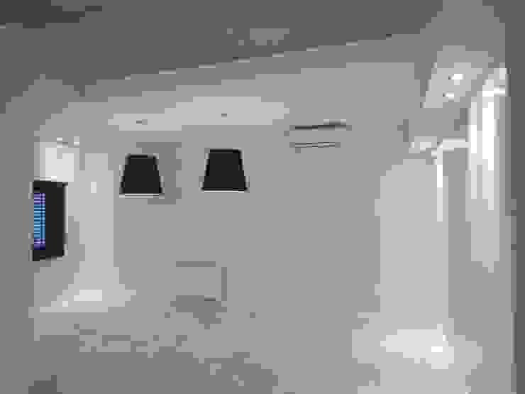 Casa M-25 de Estudio D3B Arquitectos Minimalista Fibra natural Beige