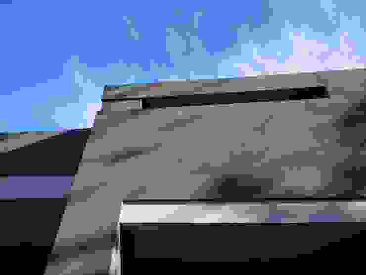 Casa M-25 de Estudio D3B Arquitectos Moderno Hormigón