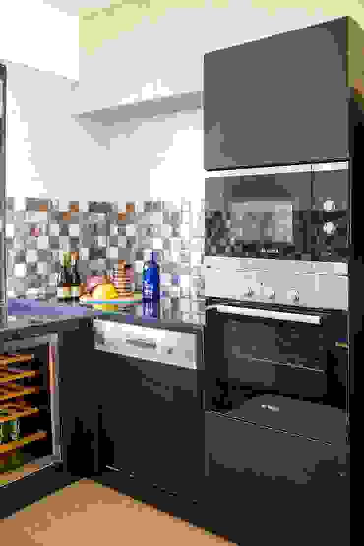 Mrs. Rama Vaidyananath Modern kitchen by Aesthetica Modern