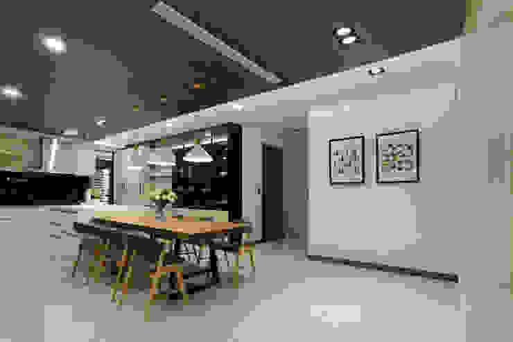 Ausgefallene Esszimmer von 喬克諾空間設計 Ausgefallen