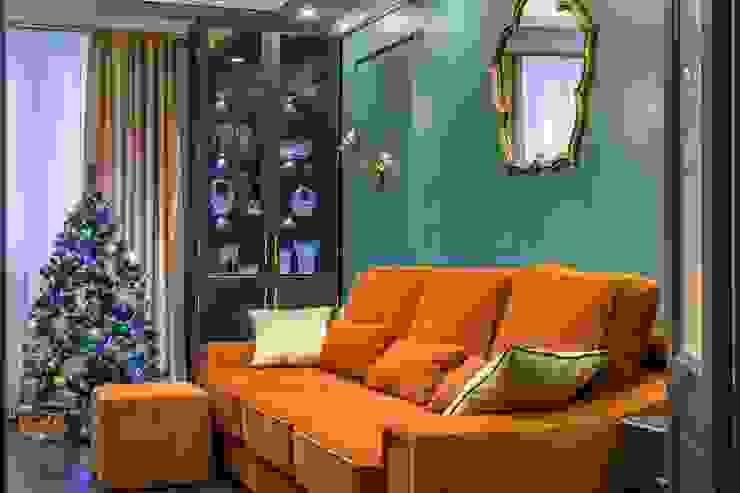 Classic style living room by Школа Ремонта Classic