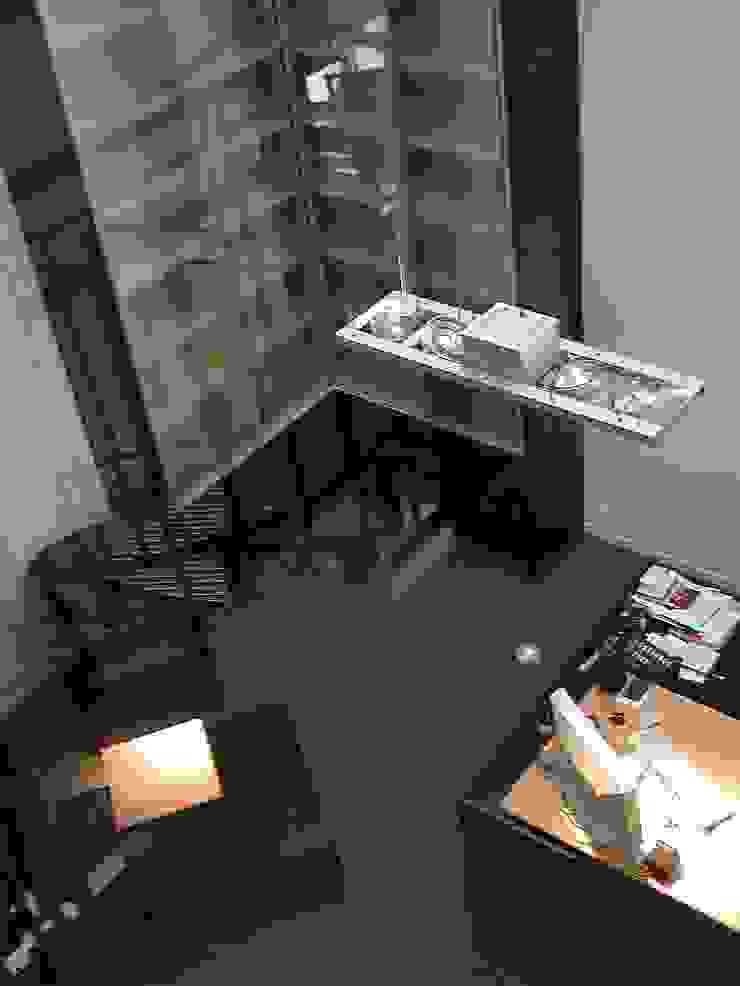 schüller.innenarchitektur Office buildings Wood Black