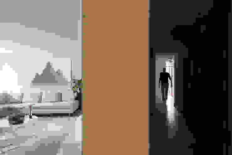 wandkast Moderne woonkamers van De Nieuwe Context Modern Hout Hout
