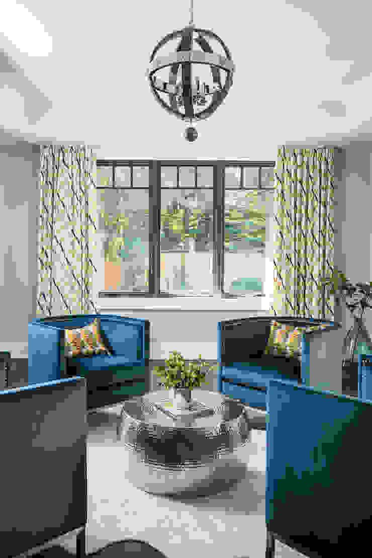Sitting room Modern living room by Frahm Interiors Modern