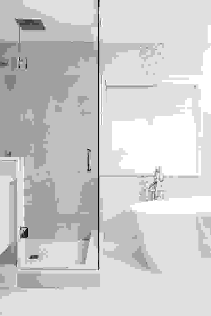 Modern spa bathroom Modern bathroom by Frahm Interiors Modern