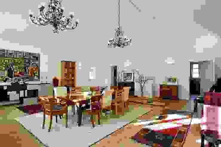 schüller.innenarchitektur Living room Wood Brown