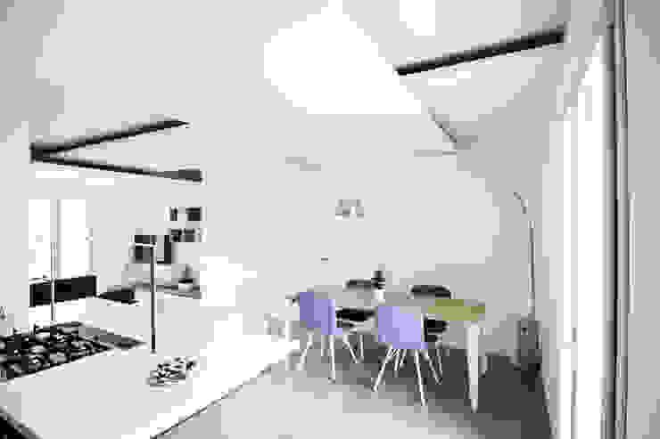 Living Room Cucina minimalista di Domenico Architetto Moschetto Minimalista