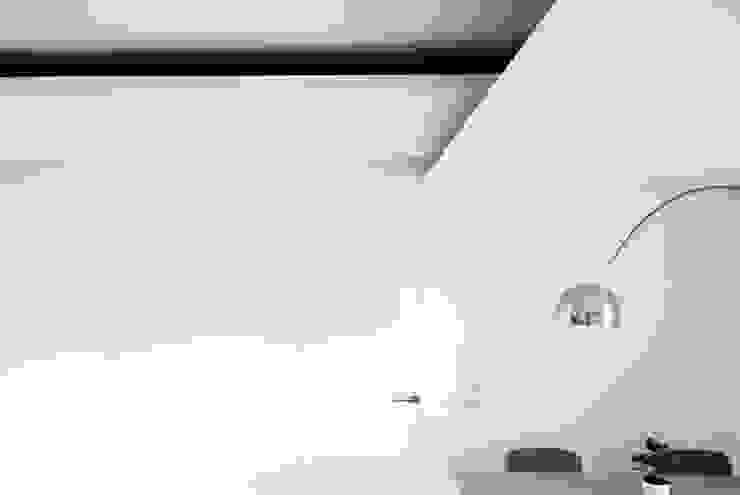 Living Room Sala da pranzo minimalista di Domenico Architetto Moschetto Minimalista
