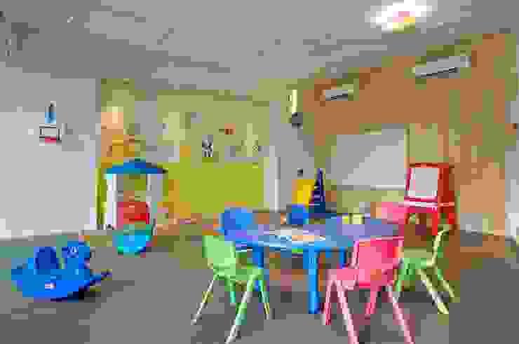 Lodha Bellissimo Clubhouse Modern nursery/kids room by Racheta Interiors Pvt Limited Modern