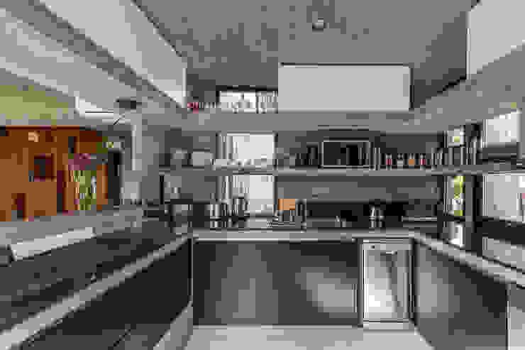 Kitchen by Besonías Almeida arquitectos
