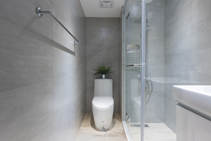 Phòng tắm by 橙羿設計有限公司