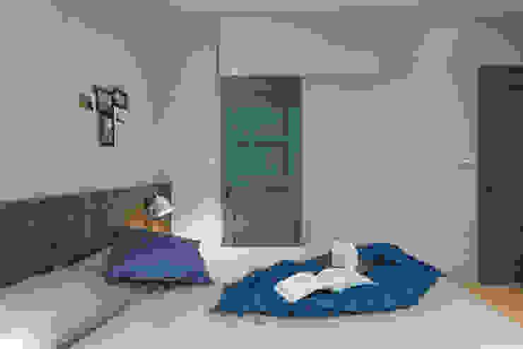 橙羿設計有限公司 Camera da letto in stile scandinavo