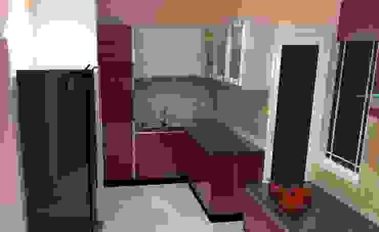 Amanora Park Pune—Pent House Modern kitchen by DECOR DREAMS Modern