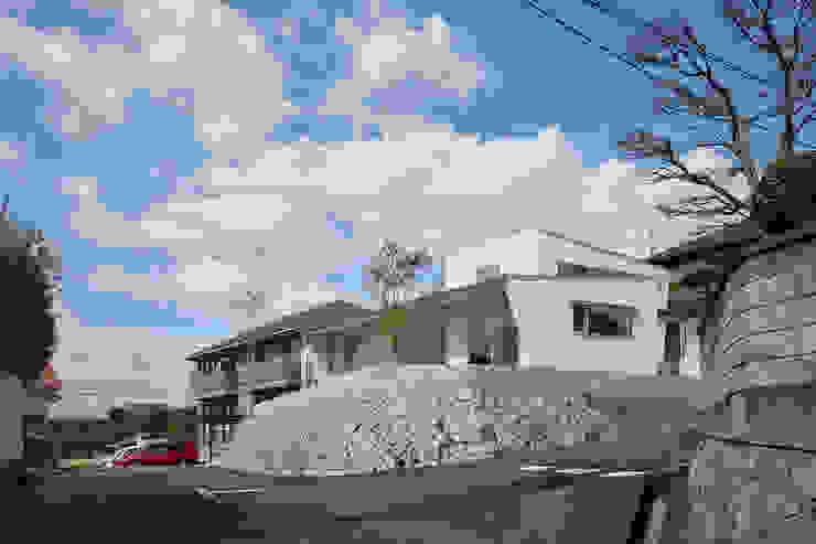 toki Architect design office Modern Houses Wood White
