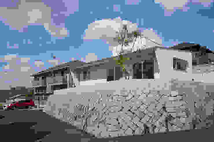 toki Architect design office Modern Garden Wood White
