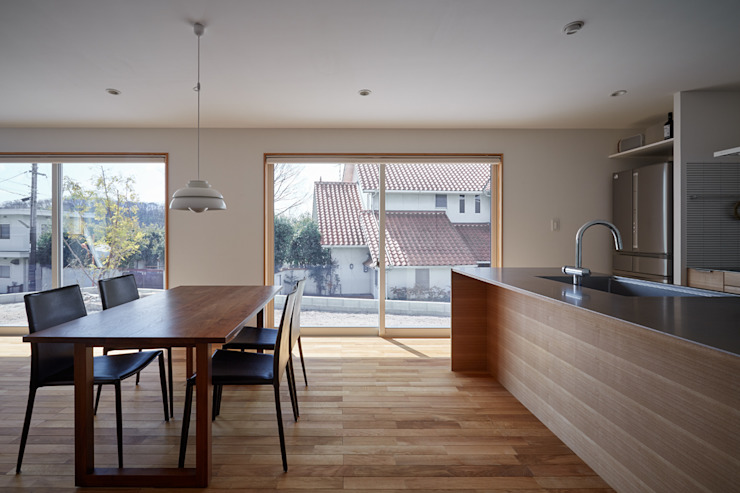 toki Architect design office Modern Dining Room Wood Multicolored