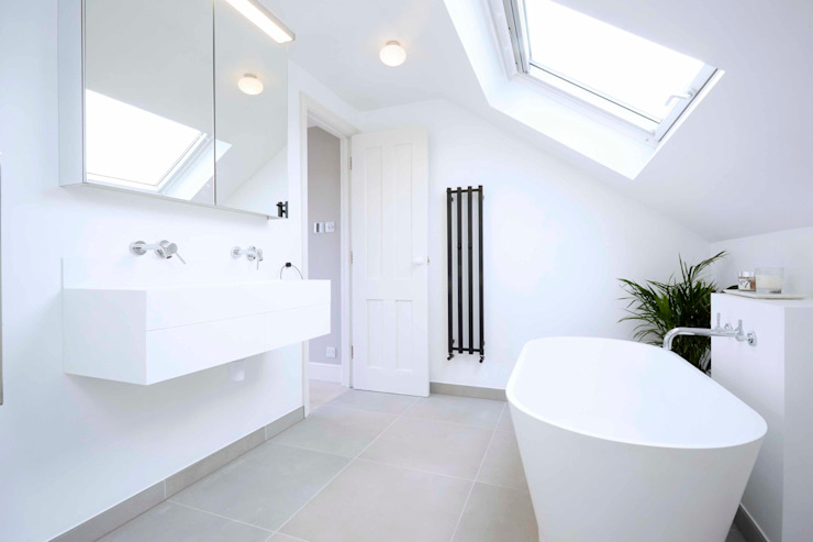 loft bathroom Modern bathroom by Studio AVC Modern